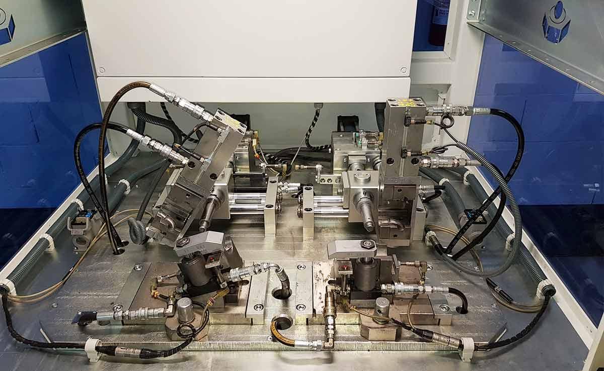 fabricacion maquinaria especial para montaje tubos de agua