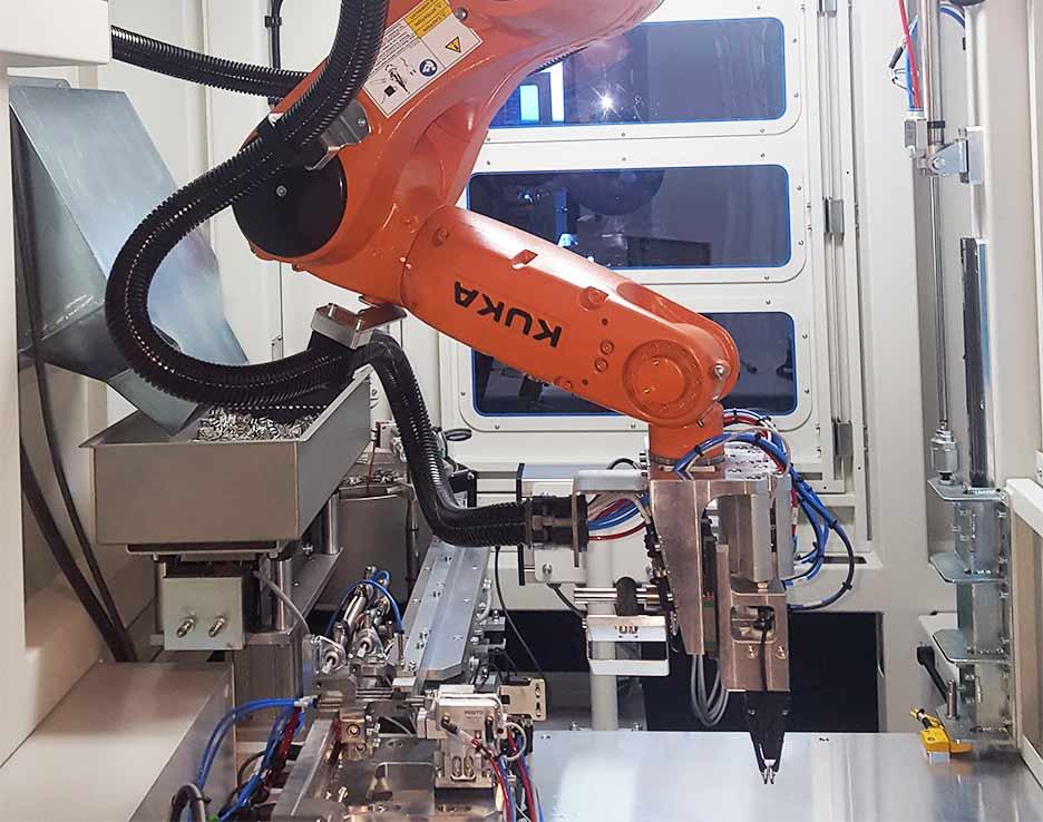 maquina especial robot clips automocion